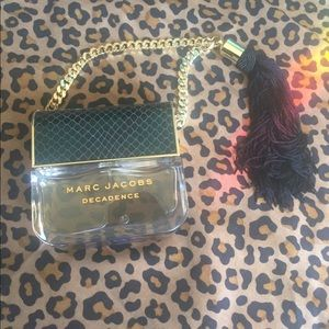Marc Jacobs Divine Decadence Fragrance